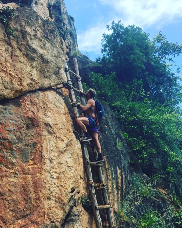 railay beach viewpoint ladders