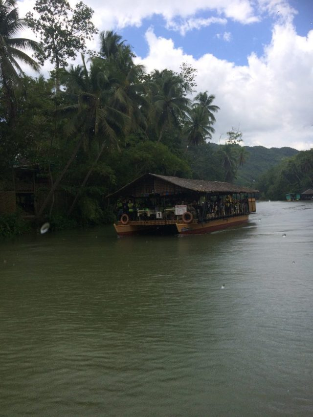 best things to do in Bohol cruise