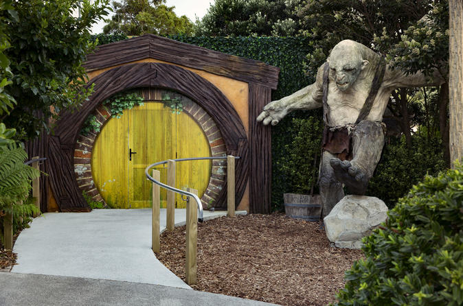 best things to do in wellington weta cave