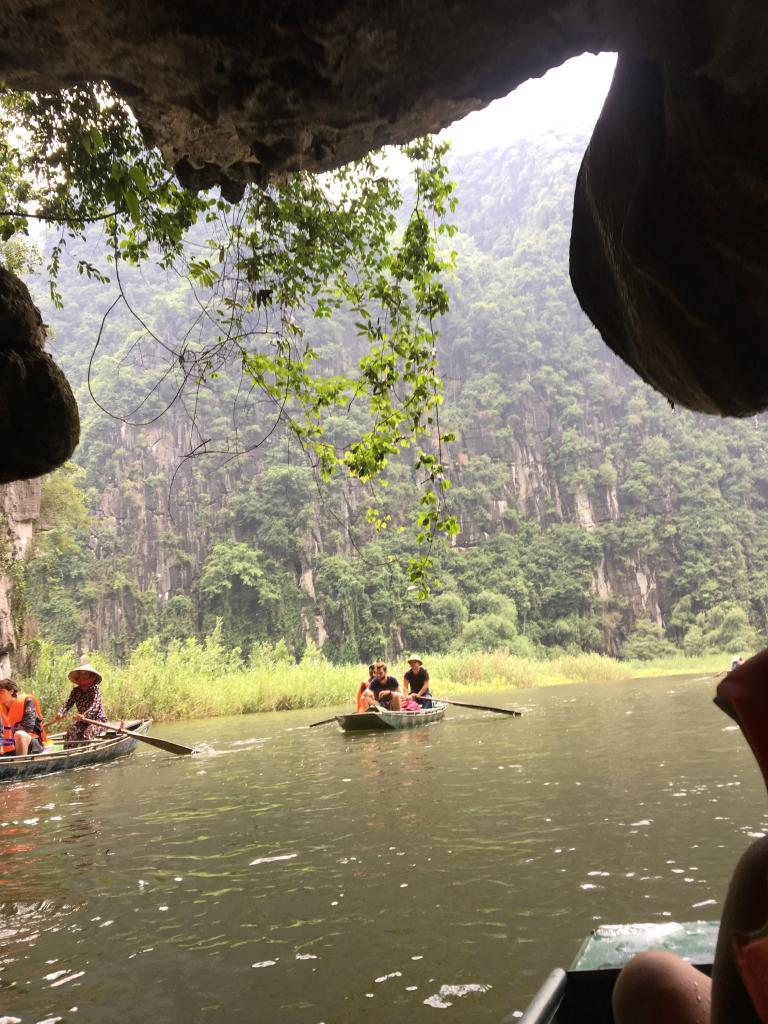 tam coc, tam coc vietnam, things to do in Tam Coc, best things to do in Ninh Binh, tam coc garden, tam coc boat ride, tam coc tour, tam coc tours, tam coc hanoi, tam coc caves, tam cốc bich dong