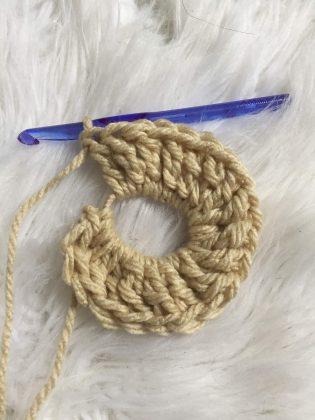 Finishing a crochet scrunchy
