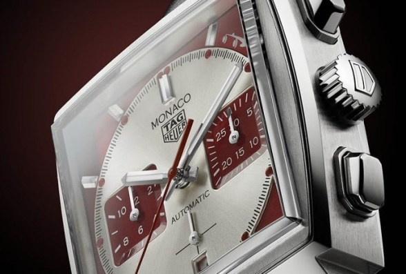 TAG Heuer monaco red 2020 photo2
