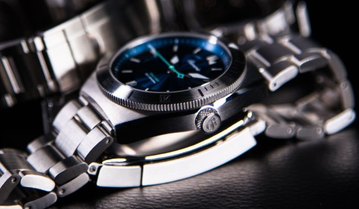 reverie diver watch automatic