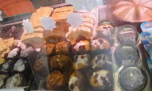 Flava Laguna Cakes