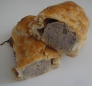 Sliced sausage rolls