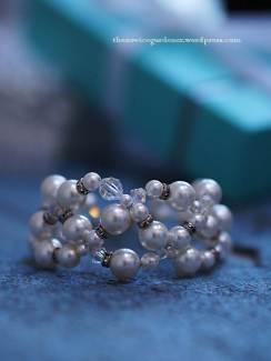 handmade bridal bracelet pearls