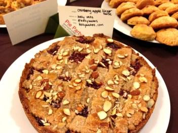 Linzer-Torte-Pie-Party-GE