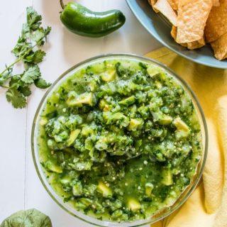Salsa de Aguacate (Avocado Sauce) | www.thenutfreevegan.net