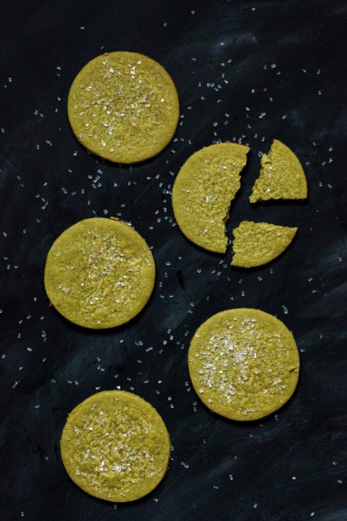 Easy vegan matcha sugar cookies