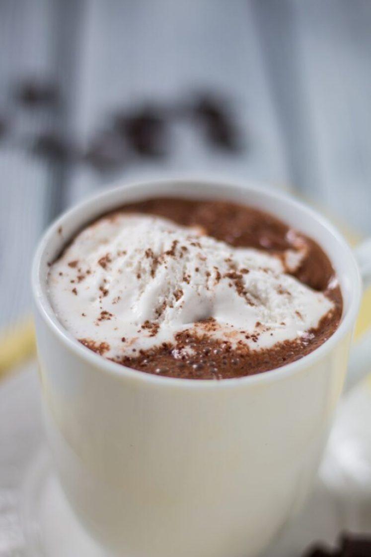 Awesome Vegan Hot Chocolate   www.thenutfreevegan.net