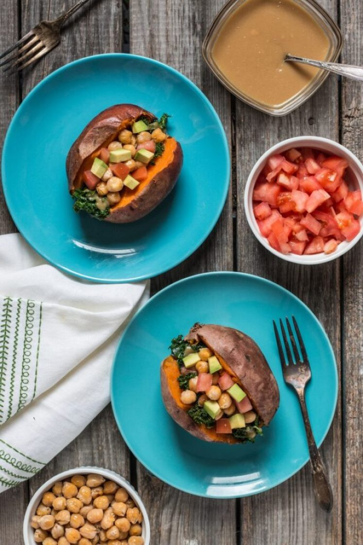 Simple and delicious Loaded Sweet Potatoes | www.thenutfreevegan.net