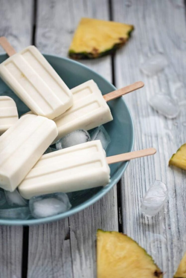 Easy and delicious vegan Piña Colada popsicles nutfreevegan