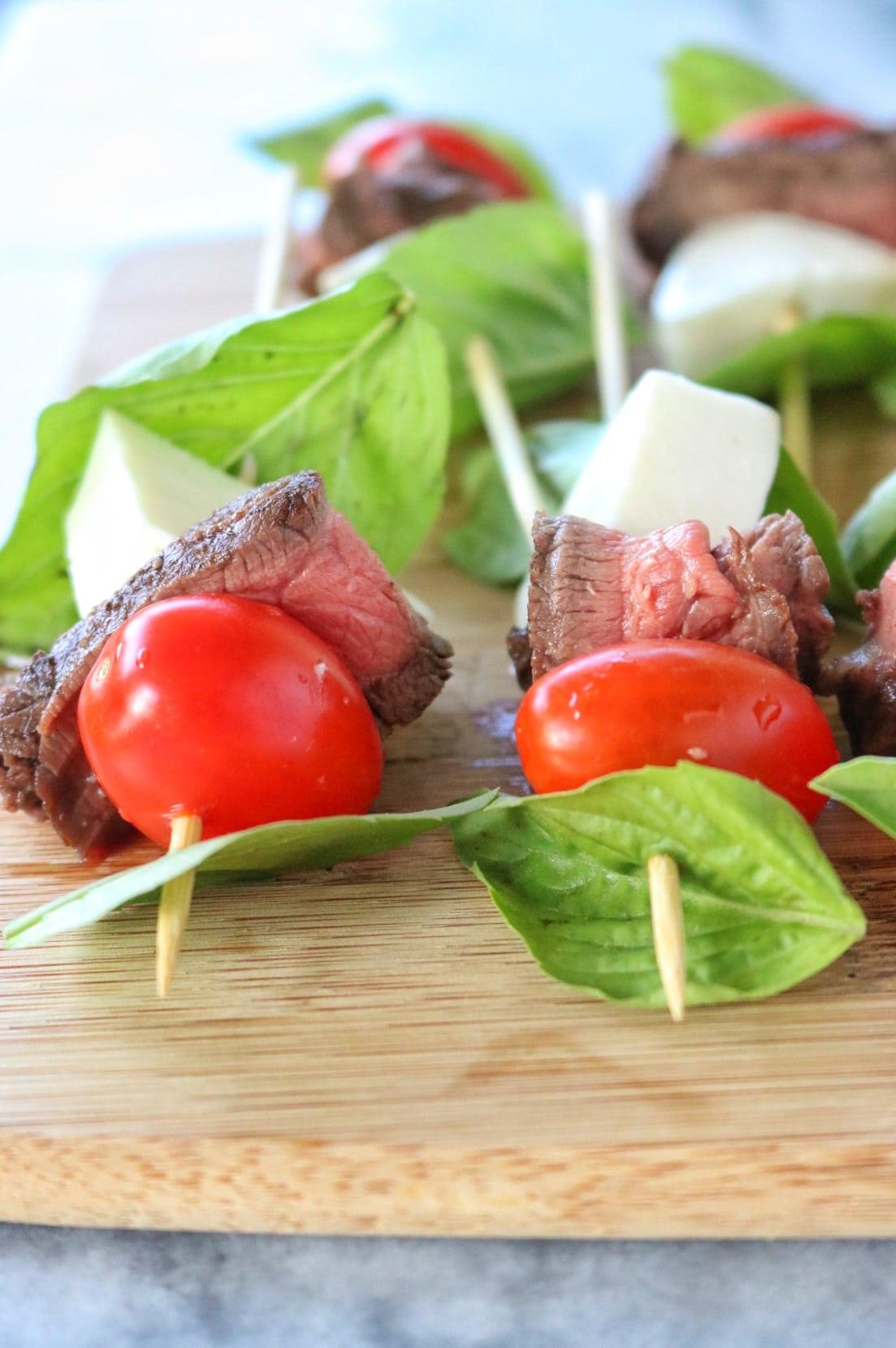 Roast Beef Caprese Skewers | The Nutrition Adventure