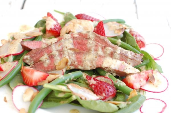 Salads with Grilled Meat/Seafood | The Nutrition Adventure
