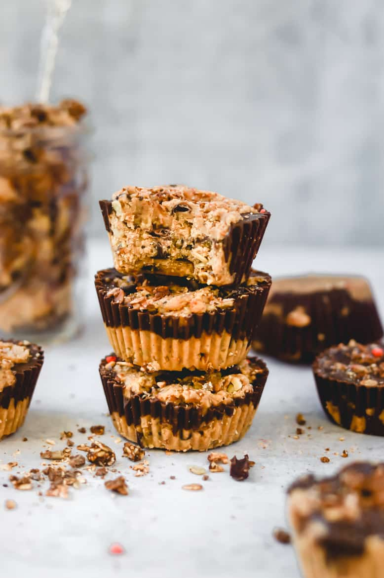 No Bake Chocolate Chip Cookie Dough Granola Cups! (Paleo and Gluten Free!)