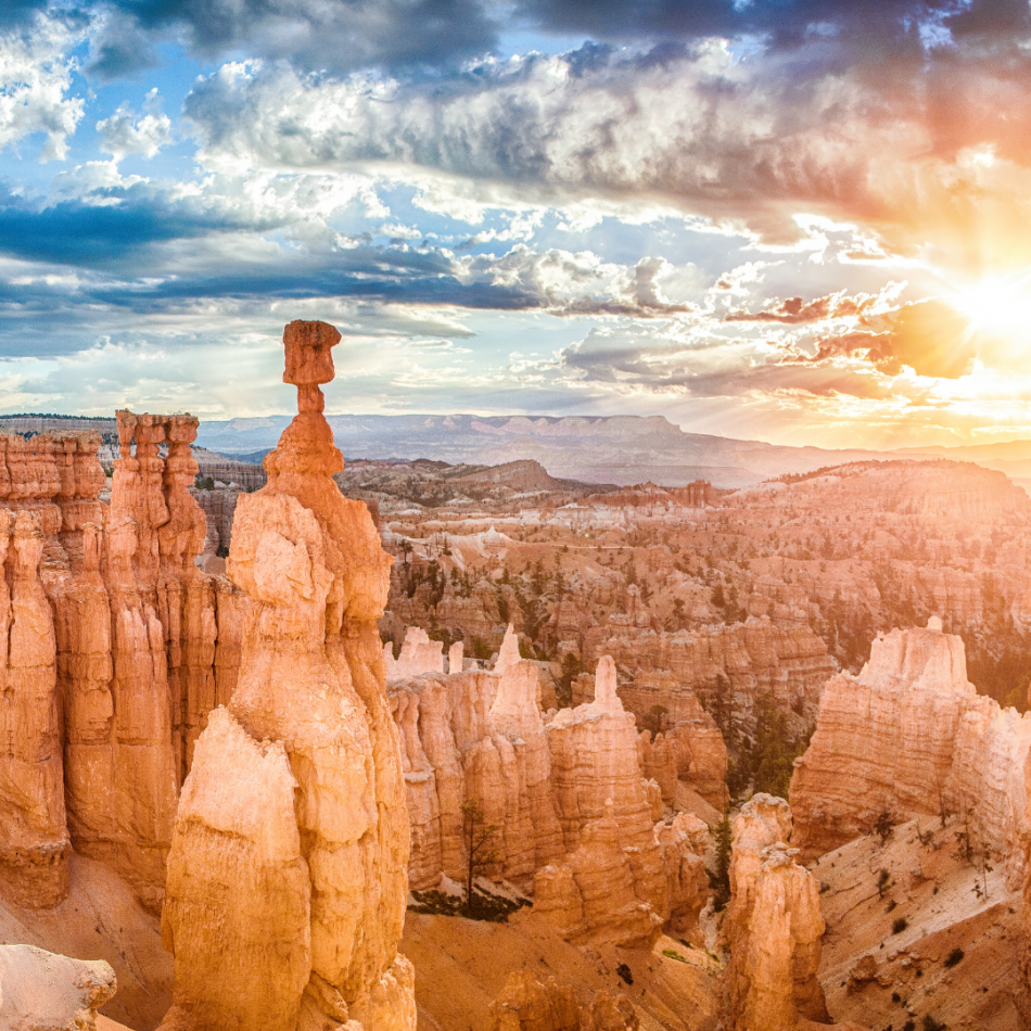 The red rock spires of Bryce Canyon in Utah, one of the states where Lauren offers counseling for BFRBs.