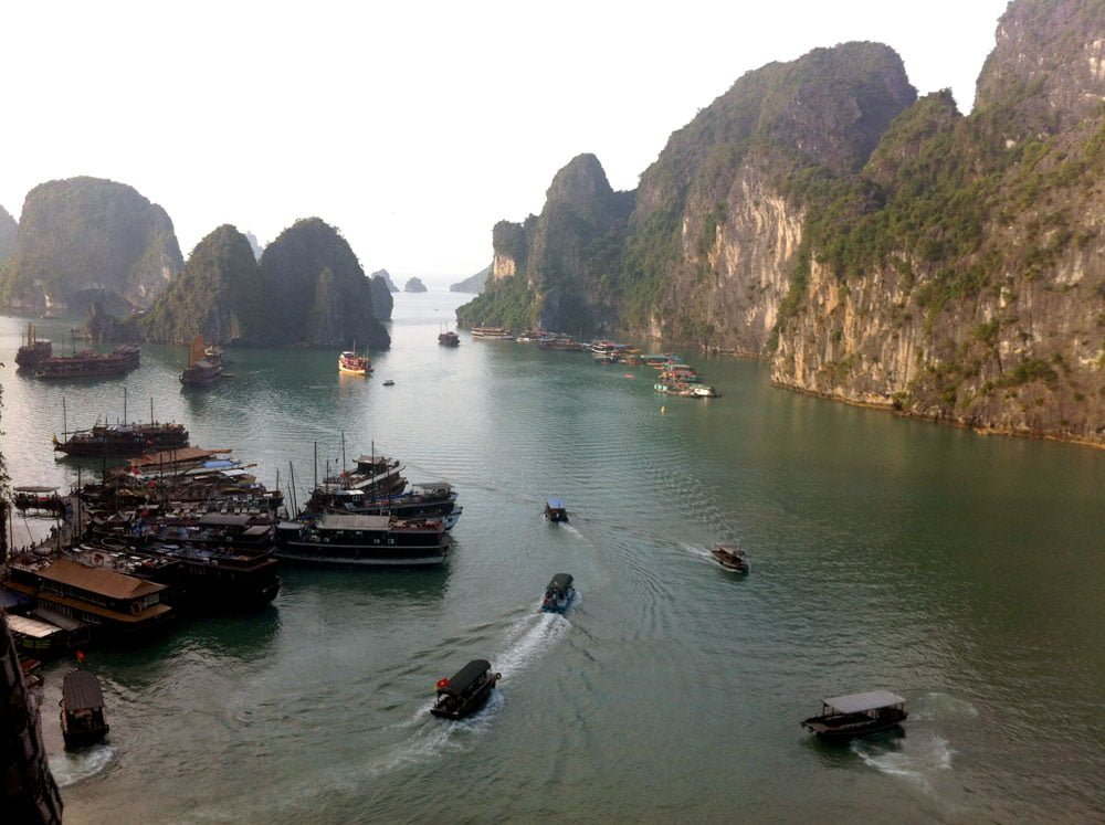 Vietnam Halong Bay Boats View