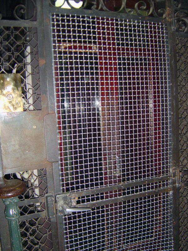 Barcelona Hostel Cage Lift