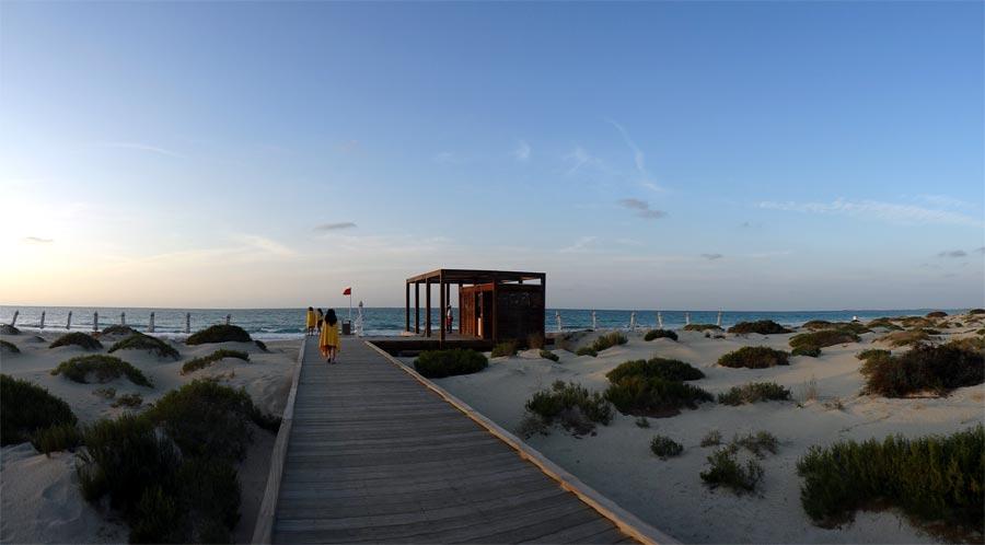 Abu Dhabi Saadiyat Beach Club Boardwalk