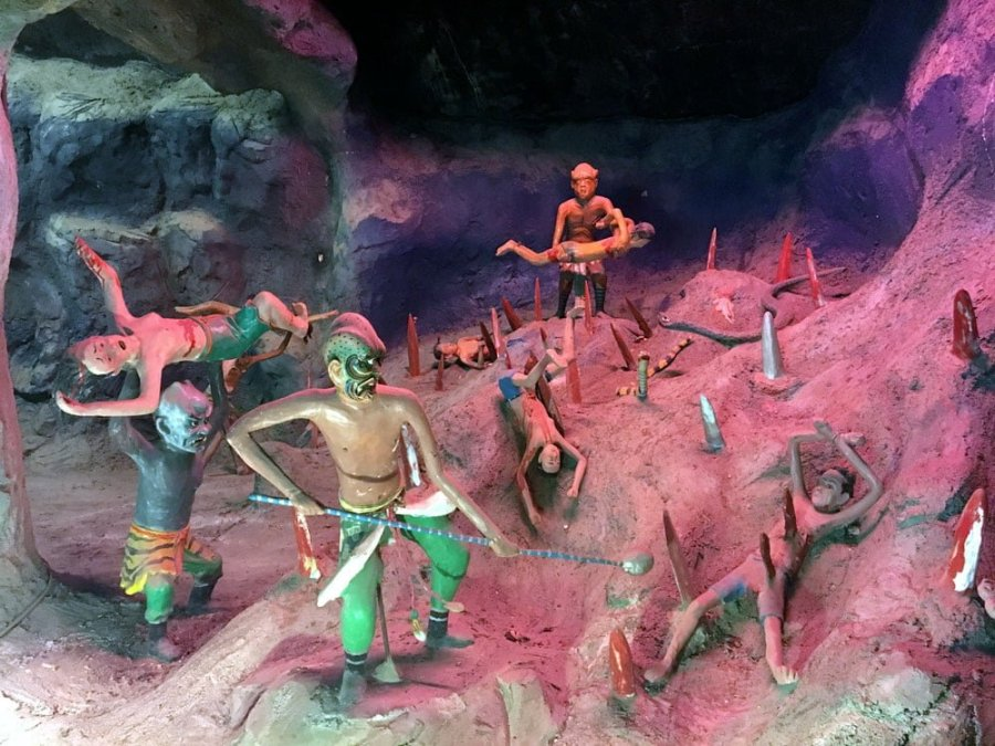 Haw Par Villa 10 Courts of Hell Level 5