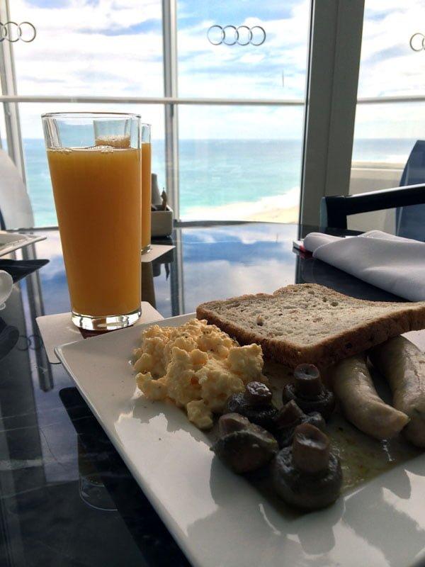Perth Scarborough Rendezvous Club Breakfast