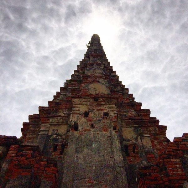 Ayuthaya - Wat Chaiwatanaram dramatic spire