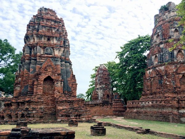Ayuthaya - Wat Maha That towers