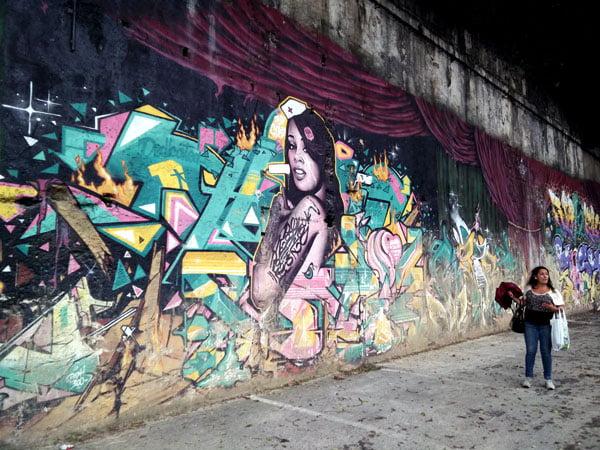 Portugal - Lisbon Street Art Teatro Maria Vittoria Girl