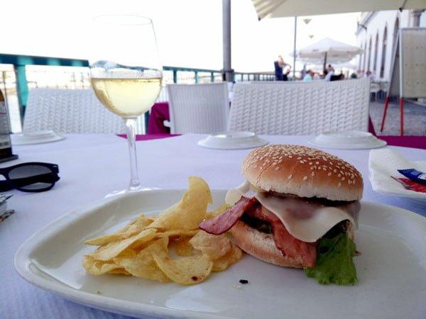 Portugal - Tavira Gilao Burger