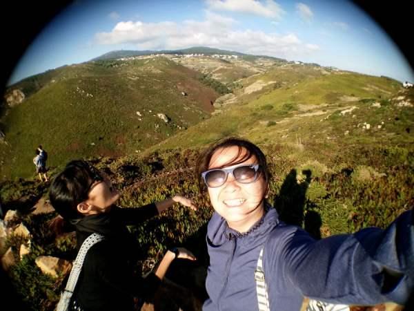 Portugal - Cabo Da Roca Grass Selfie