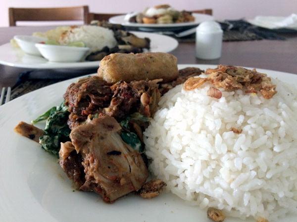 Bali Samabe Nasi Campur
