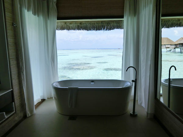 Club Med Kani Maldives Lagoon Suite bathtub