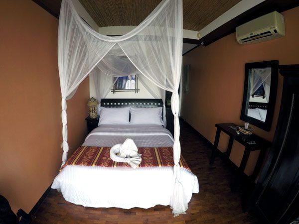 Philippines Anilao Crystal Blue Resort Room