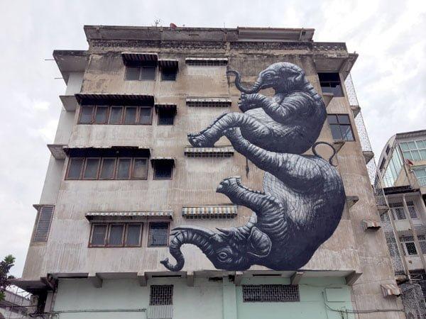 Bangkok Street Art Song Wat Roa