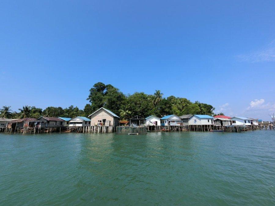 Batam Water Village House Row