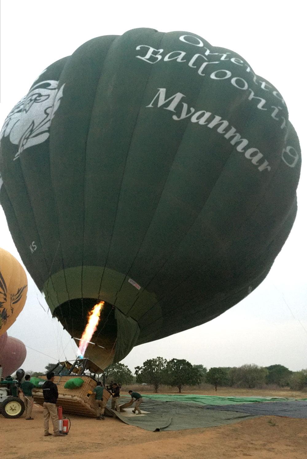 Bagan Ballooning Inflating