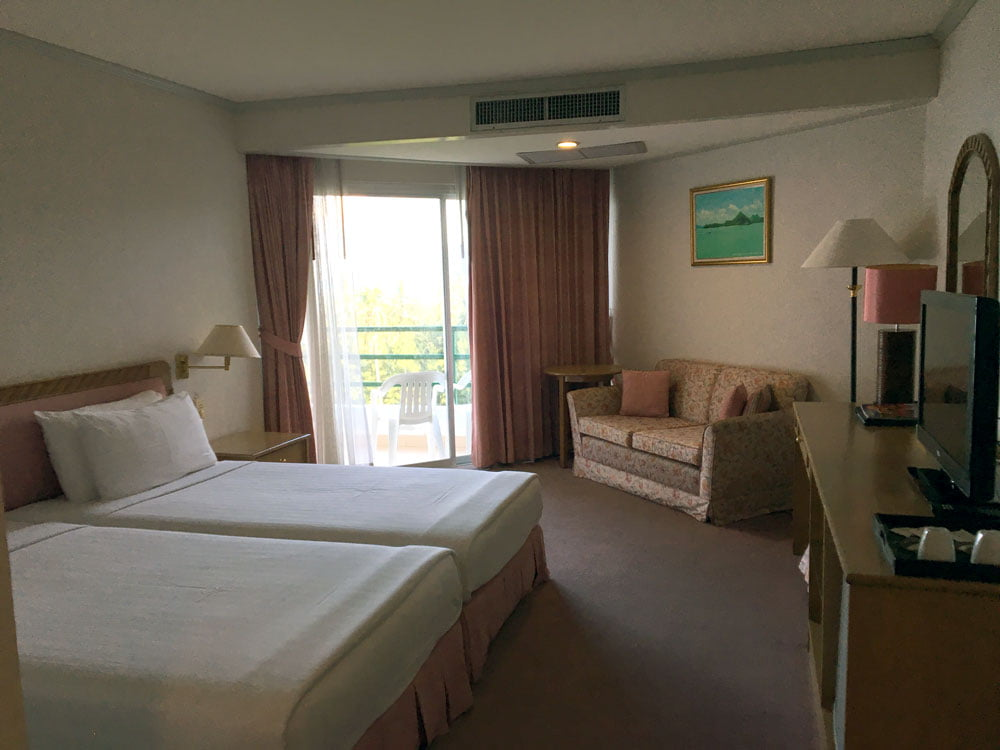 Khanom Golden Beach Hotel Room