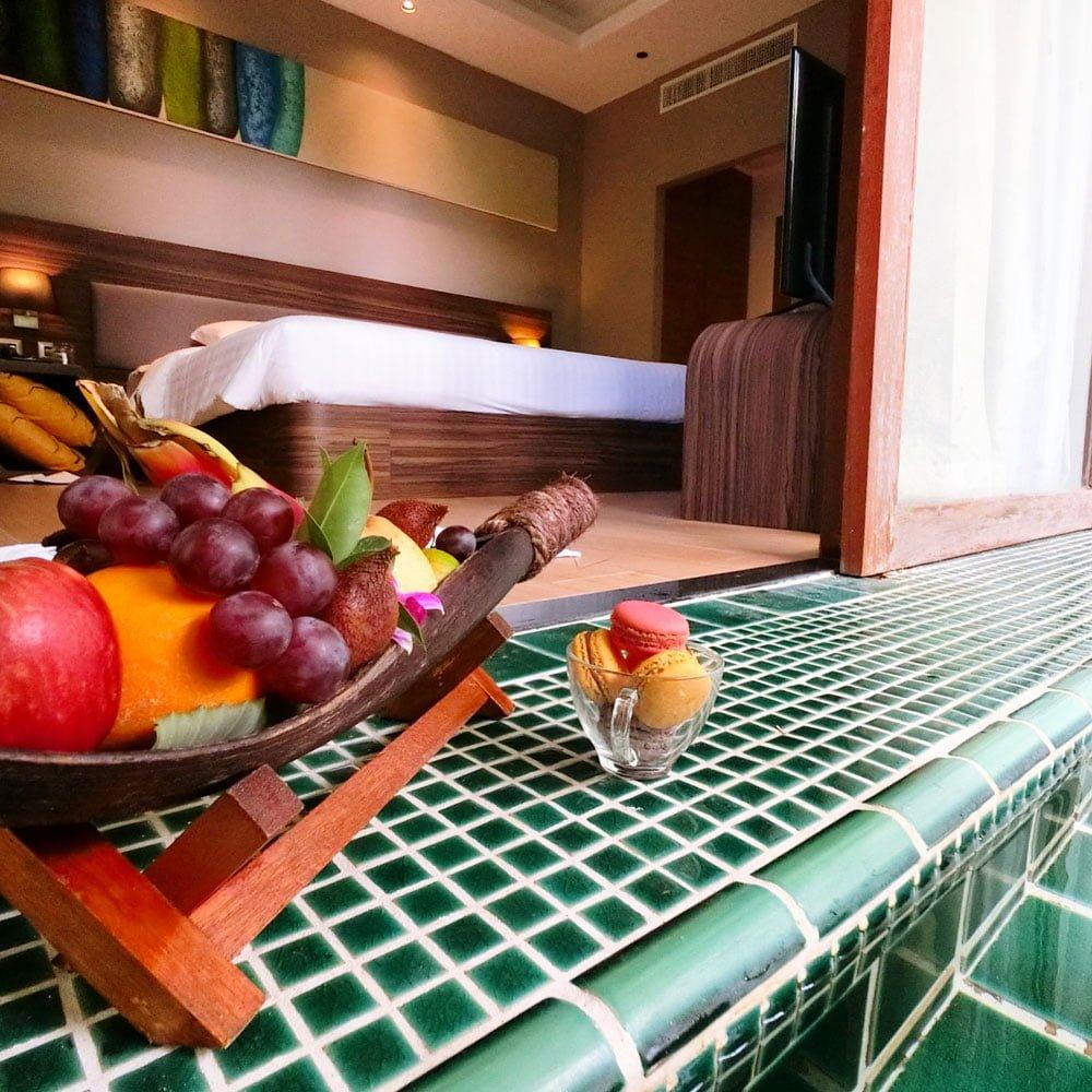 Novotel Phuket Karon Room Plunge Fruit