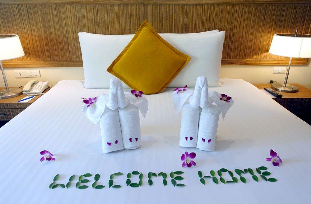 Novotel Phuket Surin Room Bed Towels