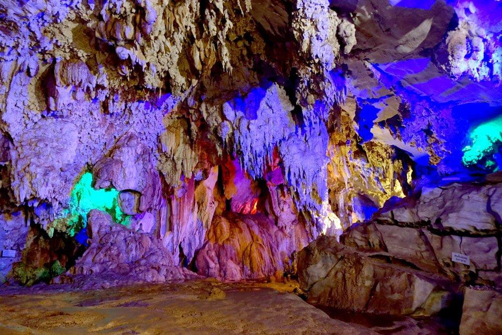 Laos Thakhek Nang Aen Cave Colourful