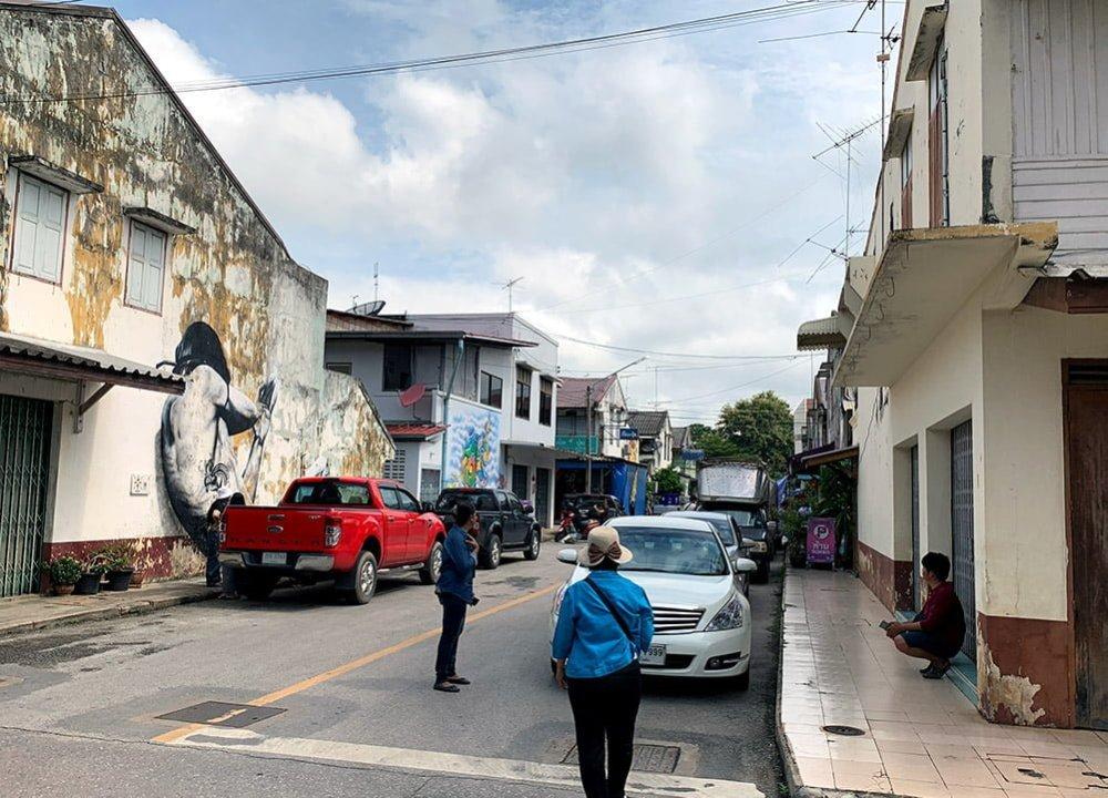 Sukhothai Sawankhalok Street Art Lane