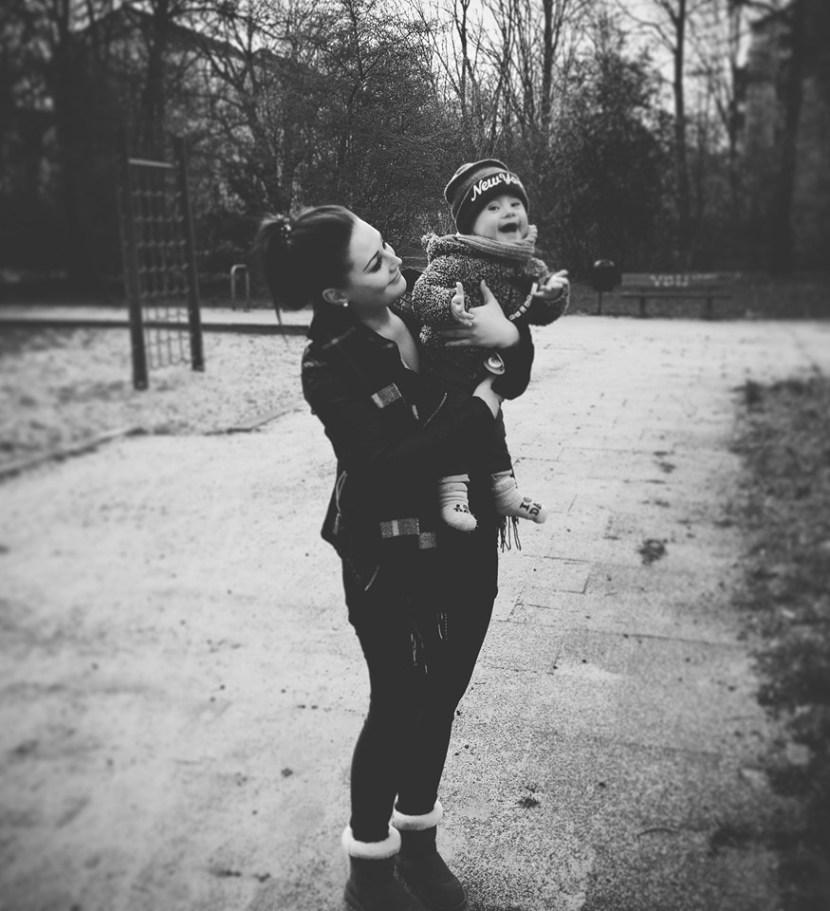 Christina und ihr Sohn mit Downsyndrom