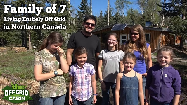 Family-of-7-Living-Off-Grid-in-Northern-Canada