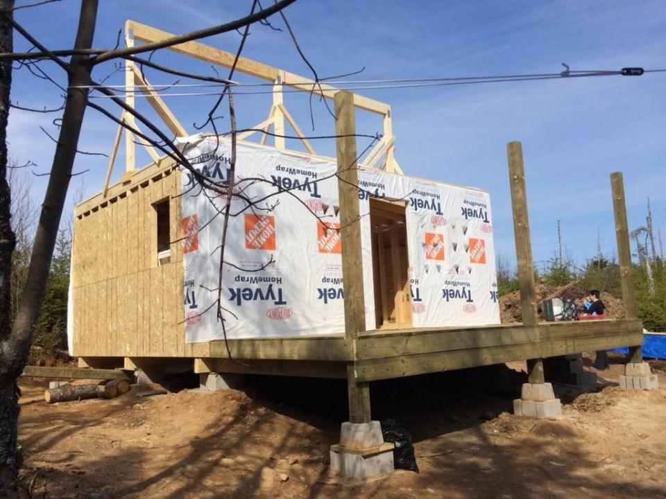 The-Off-Grid-Cabin-Roof-Ridge-Beam-4