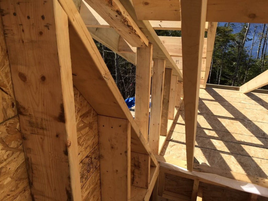 Deck-gable-Wall-End-In-line-With-Main-Cabin-gable-all-end