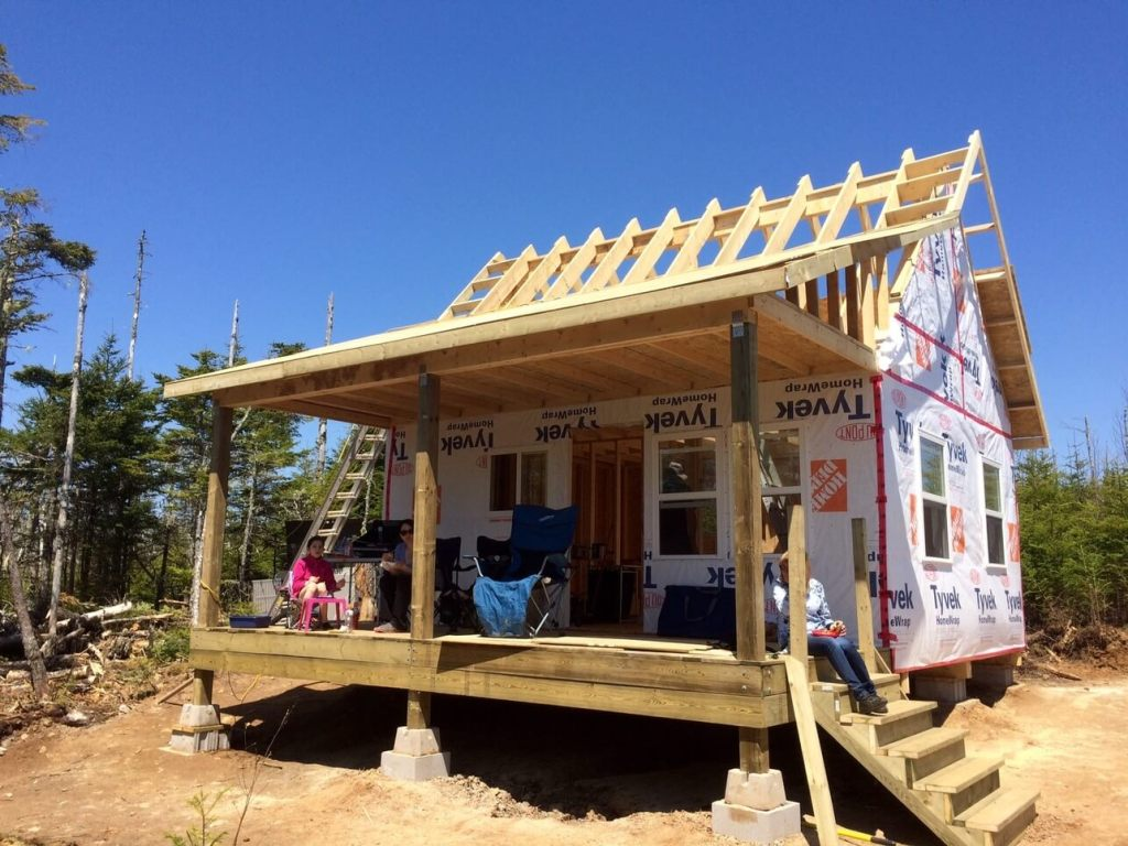 Exterior-The-Off-Grid-Cabin-Roof-OSB-Sheathing-over-deck