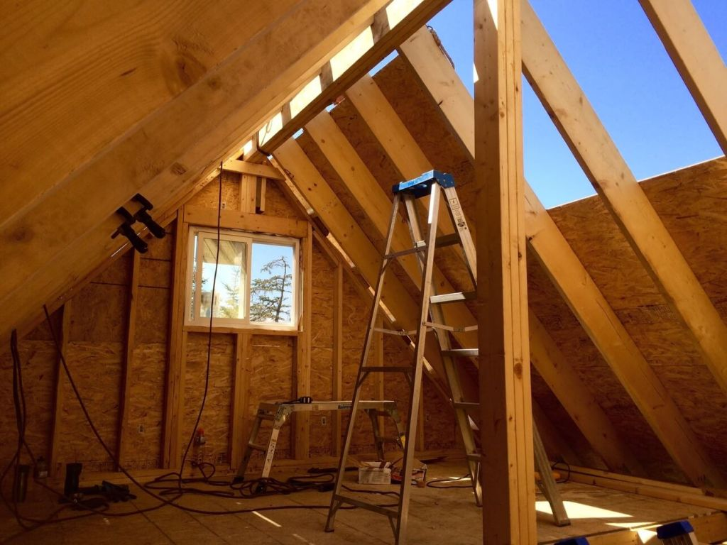 The-Off-Grid-Cabin-Roof-OSB-Sheathing-Loft-almost-done