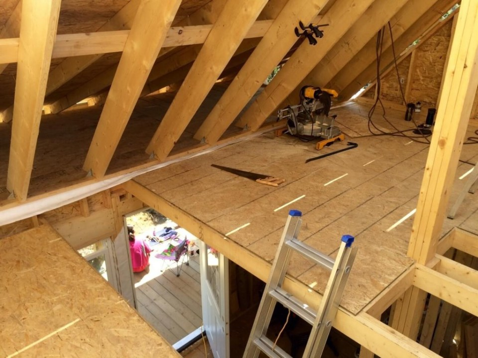 The-Off-Grid-Cabin-Roof-OSB-Sheathing-loft-done