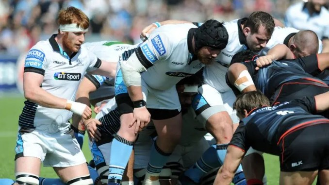 Rob Harley (left) in action for Glasgow against Saracens