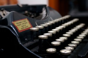 Typewriter - the midwestyle blog